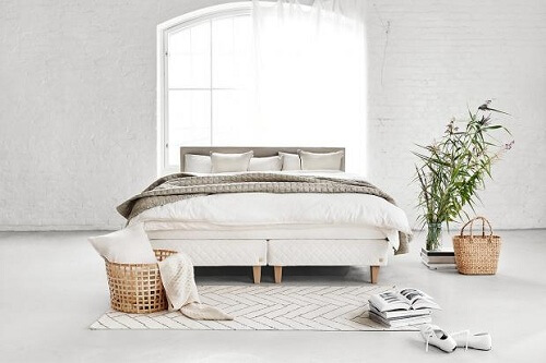 What's the Difference Between a Platform Bed and a Regular Bed?
